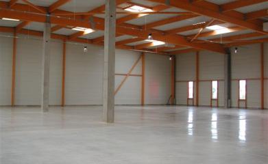 Entretenir toiture et façade de bâtiments industriels image 3